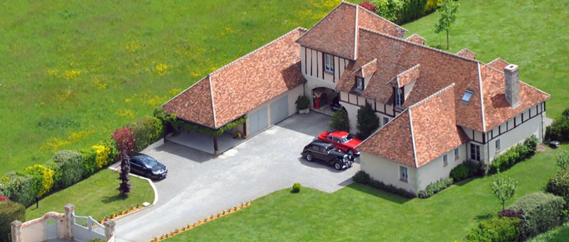 Construire sa maison en pierre de taille franchecomt for Construire sa maison en ligne